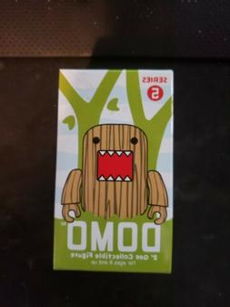 Domo 2'' Qee collectible Mystery Mini Figure: Series 5 Blind