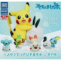 Pokemon Sword & Shield Play In Snow 1-Inch Takara Tomy Mini-
